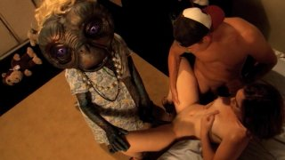 Screenshot #18 from E.T. XXX: A Dreamzone Parody